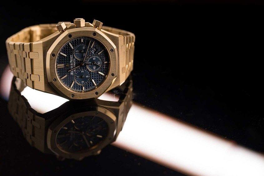 Audemars-piguet-royal-oak-chronograph-yellow-gold-6-845x564